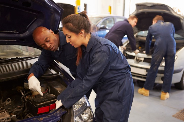 Automotive schools offer a great opportunity to enhance your skills