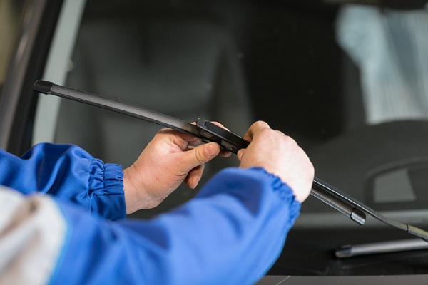 Damaged wiper blades reduce driver visibility