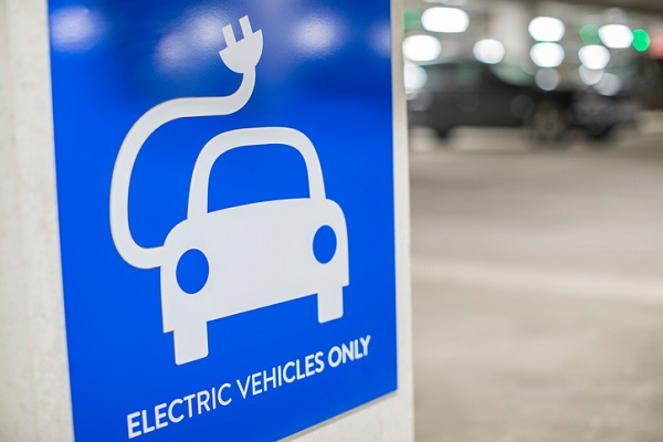 A shaky beginning meant electric cars weren't widely adopted until fairly recently