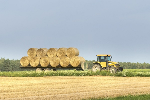 Tractors are designed to pull, so they require a tremendous amount of torque in exchange for speed