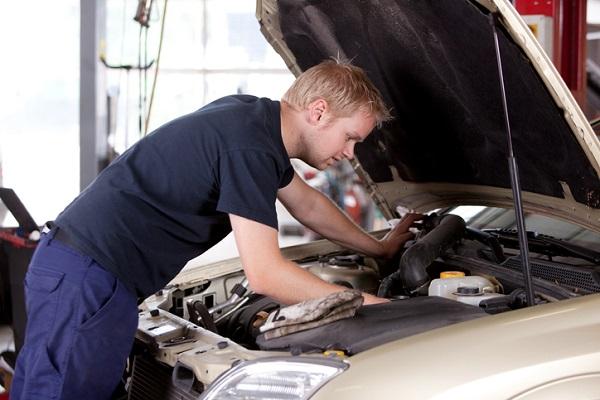 automotive mechanics school