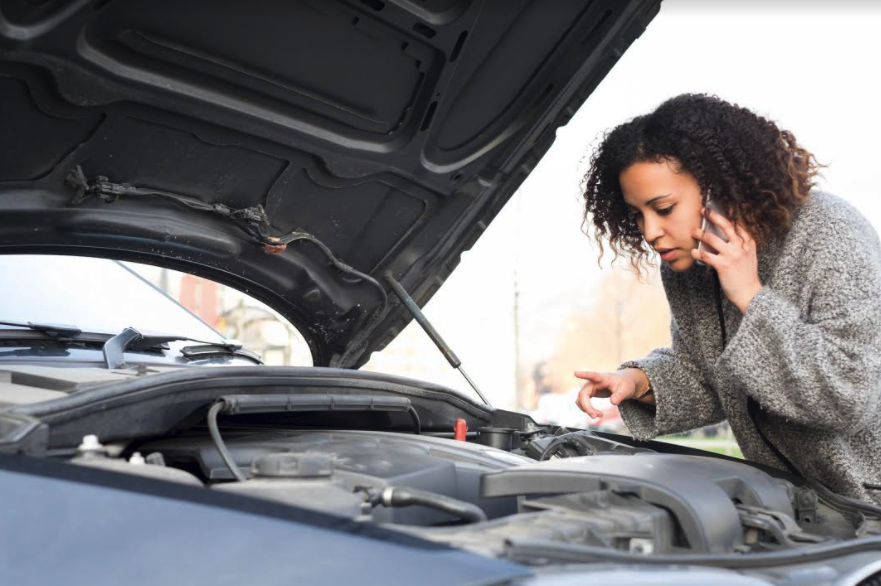 If a vehicle's ETC light is flashing, drivers should call a professional auto mechanic